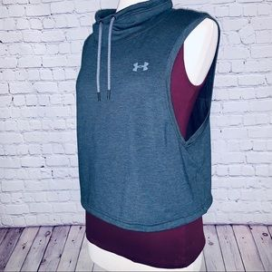 Under Armour | Cropped Sleeveless Athletic Top
